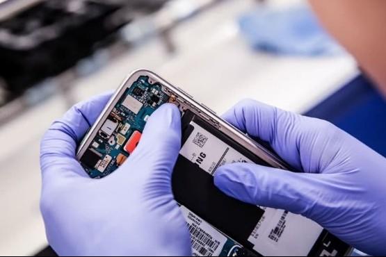 Se producen en Río Grande los primeros celulares con tecnología 5G del país