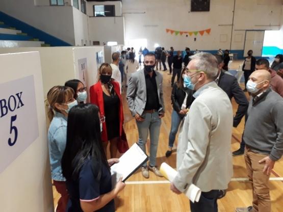 En Chubut ya convocan a inscribirse para vacunarse contra el coronavirus