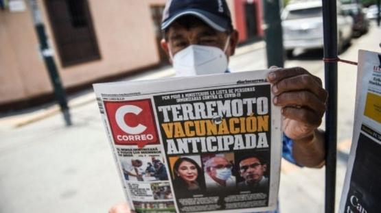 Vacunados VIP: Los escándalos también se desataron en Perú, España y Estados Unidos