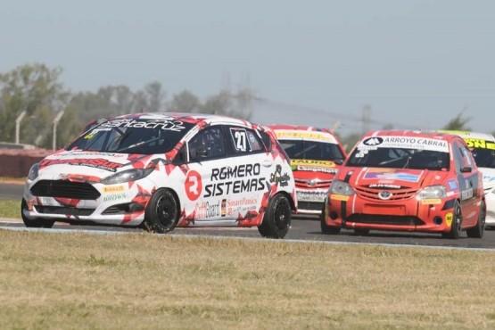 El Fiesta Kinetic de Riestra girando ayer en el circuito nicoleño.