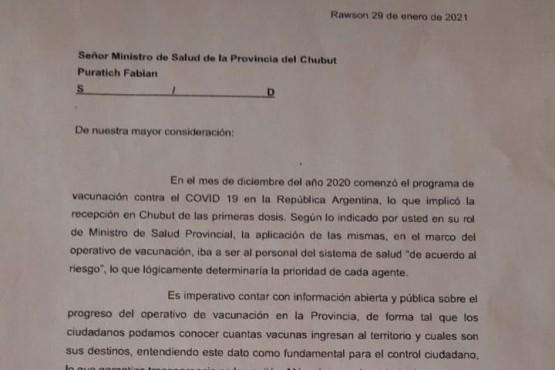 Diputados interpelarían a Fabián Puratich por las partidas de la Sputnik V