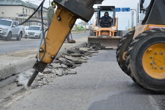 Continúan las obras públicas sobre la Av. San Martín de Río Gallegos