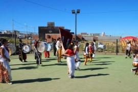 Campaña de concientización turística en el barrio Bicentenario de Caleta Olivia