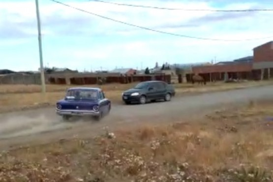 Río Gallegos | Hacía un trompo con el Falcón y terminó chocando un auto en el San Benito