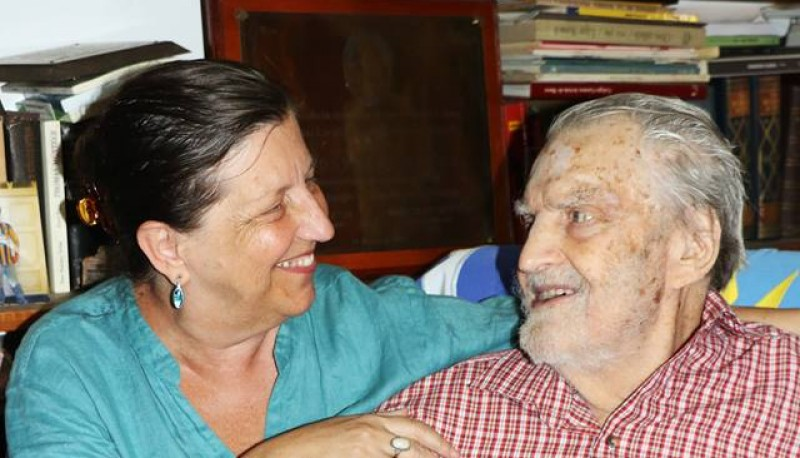 Ana y su padre Osvaldo. Archivo personal de Ana Bayer.