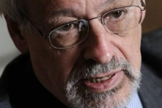 Horacio Verbitsky va a Radio del Plata tras su despido de El Destape
