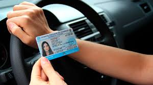Para obtener la licencia de conducir habrá que completar un curso de género