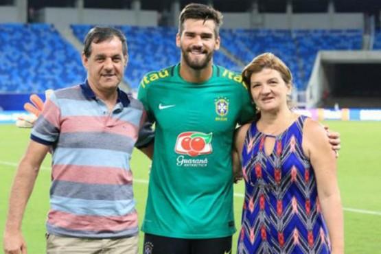 Conmoción en Brasil: encontraron muerto al padre de los arqueros Alisson y Muriel Becker