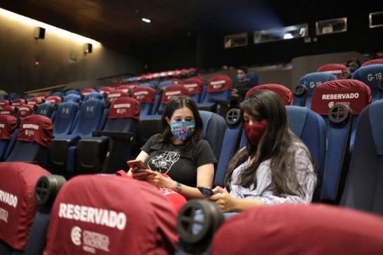 El Gobierno autorizó la vuelta de los cines: pero en Ciudad y Provincia de Buenos Aires