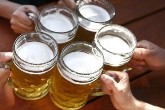 Qué significa soñar con tomar cerveza