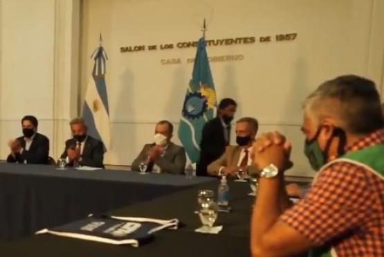 Trotta evidenció públicamente al gobernador Arcioni por el acuerdo docente en Chubut