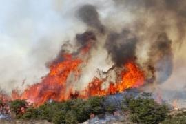 Corcovado   Continúa el trabajo de brigadistas para contener el incendio