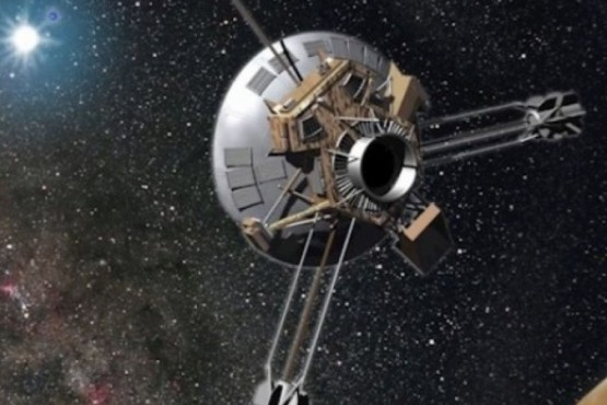 La Pioneer 10 fue la primera nave espacial que pasó por el cinturón de asteroides.