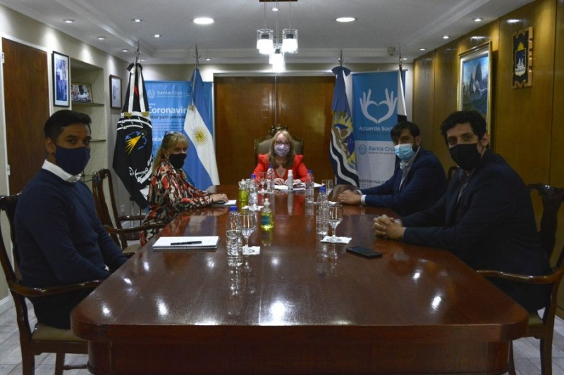 Reunión en Casa de Gobierno.
