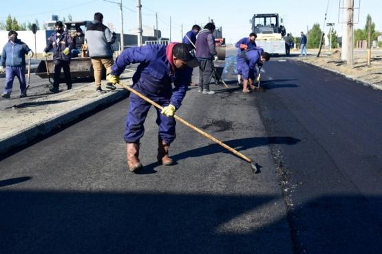 Segundo día de repavimentación de la Avenida San Martín