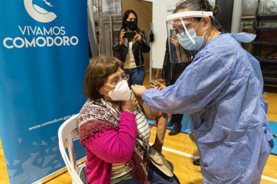Sigue la vacunación.