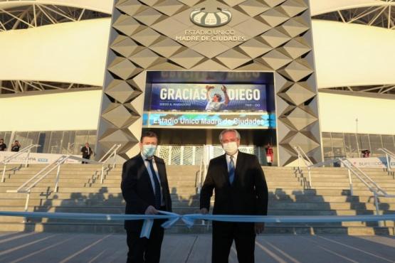 Alberto Fernández firmó convenios y recorrió obras en Santiago del Estero