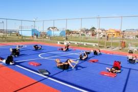 """Trabajar el cuerpo y las emociones es parte de """"Deportes en la Ría"""" de Río Gallegos"""