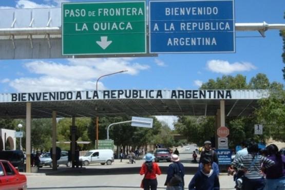 Derogan el decreto que impedía el ingreso al país de extranjeros con antecedentes