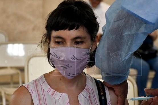 vacunan a docentes contra el coronavirus.