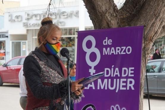 Día de la Mujer: Caleta Olivia inauguró el Banco Rojo N°302 de la Argentina