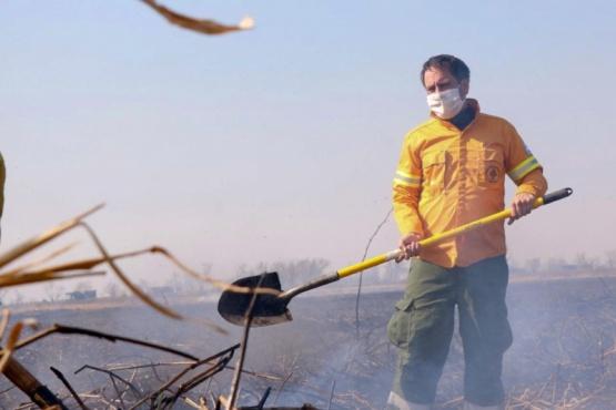 Cabandié presentará una denuncia penal antes de viajar a la zona afectada por los incendios