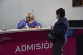 Se otorgaron los 1200 turnos disponibles para que se vacunen mayores de 75 años en Río Gallegos