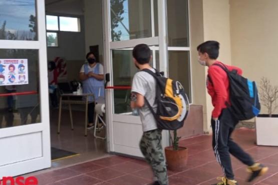Volvieron a las aulas en Cañadón Seco