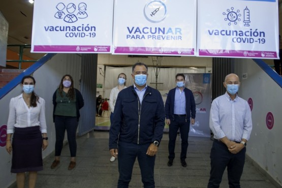 Fernando Cotillo valoró el trabajo de acompañamiento y contención a adultos mayores en la campaña de vacunación
