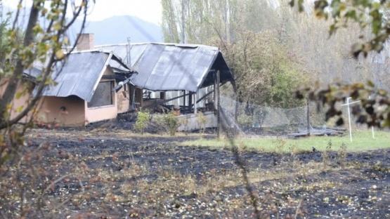 Cerca de 500 viviendas fueron afectadas por los incendios en la comarca andina