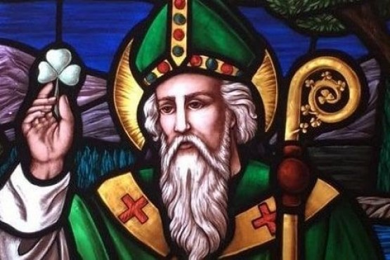 Un día como hoy, pero de 461 moría San Patricio.