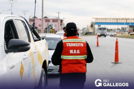 Operativo de concientización sobre contaminación sonora en la Autovía de Río Gallegos