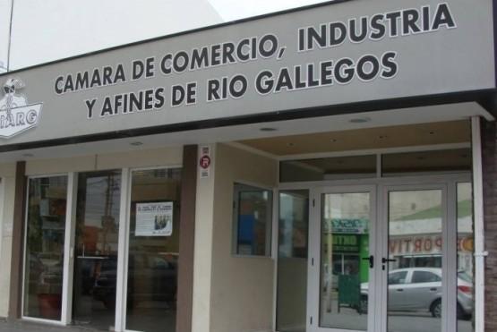 La Cámara de Comercio de Río Gallegos analizó ayer la ordenanza junto a un asesor letrado.