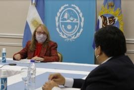 Alicia Kirchner presente en la reunión entre el Presidente y Gobernadores