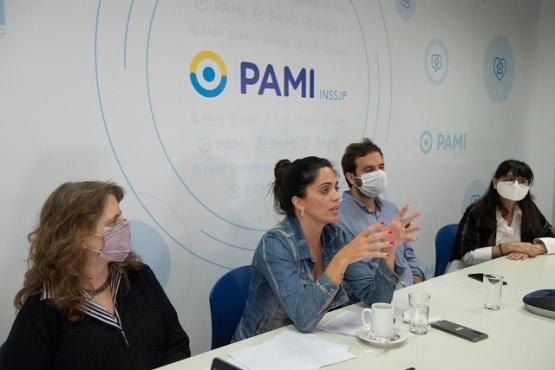 La capacitación para las y los trabajadores del PAMI