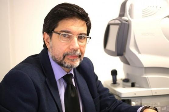 Dr. Oftalmólogo Luis Abad, director de Oftalmo Abad.