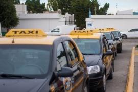 Finalmente vacunarán a los taxistas