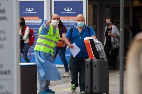 Gobierno suspenderá desde el sábado todos los vuelos desde México, Brasil y Chile