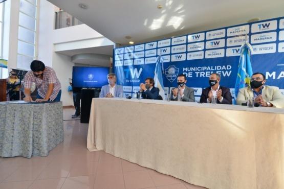 Maderna firmó un nuevo convenio de prácticas profesionalizantes para jóvenes