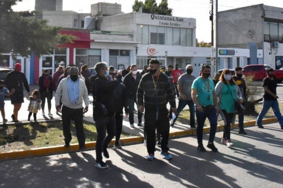 Los perjudicados marcharon ayer en Caleta.