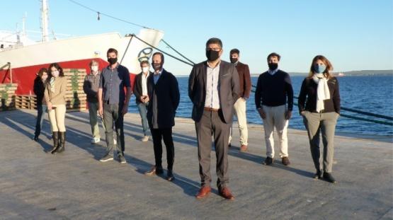 Aguilar y Liberman recorrieron empresas pesqueras y los puertos