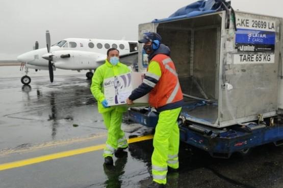 Arribaron más de 10 mil dosis de vacunas contra el Covid-19 a Punta Arenas