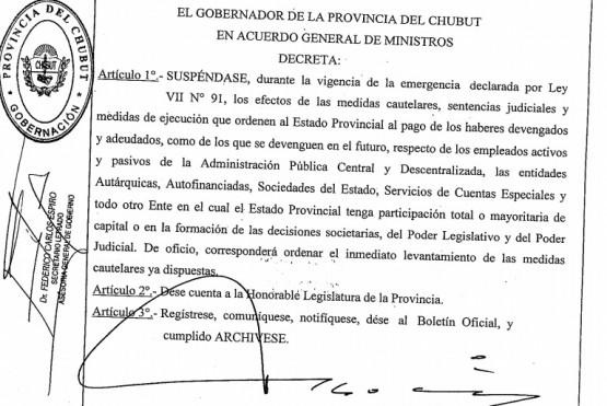 Ingresó el decreto que pone freno a sentencias judiciales por reclamo de haberes en Chubut