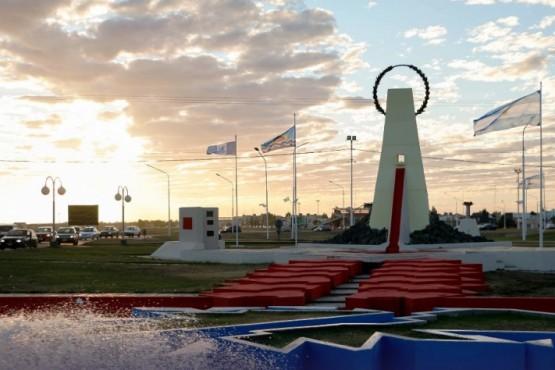 Vuelve a funcionar la fuente del Monumento a los Caídos en Malvinas