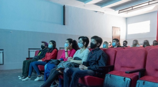 Cine malvinero en el Teatro Municipal de Río Gallegos