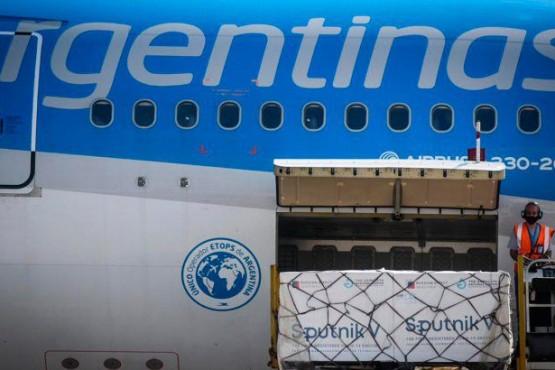 Retorna desde Moscú un nuevo vuelo de Aerolíneas Argentinas con más dosis de la vacuna Sputnik V