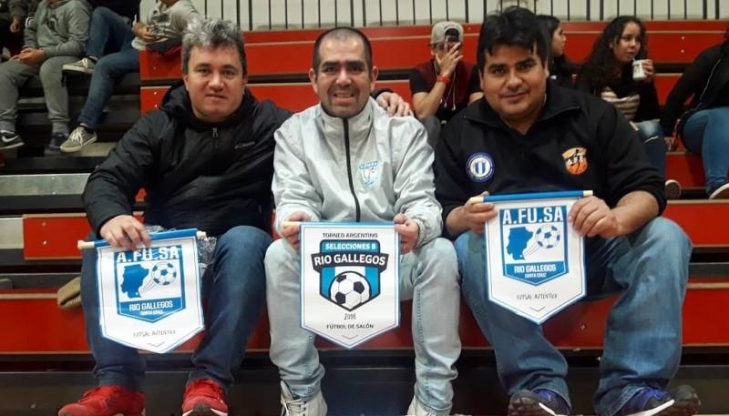 Contreras (medio) es candidato a integrar la Comisión de Gestión.
