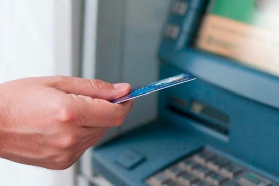 Cuánto costará sacar plata de un cajero automático y quiénes no tendrán que pagar