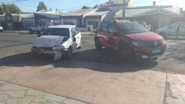 Dos trasladados al hospital tras fuerte choque en Río Gallegos