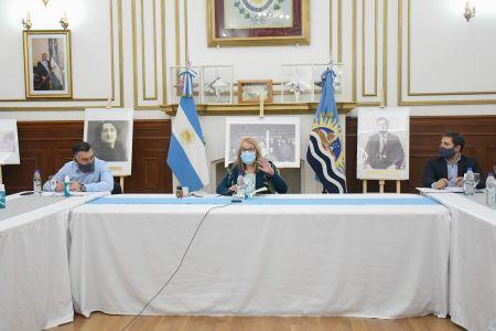 Alicia Kirchner encabezó reunión de gabinete para analizar la situación epidemiológica